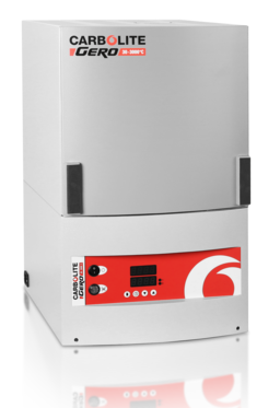The CDF dental furnace is equipped with 3 robust high-quality heating elements made of silicon carbide. In contrast to many molybdenum disilicide heating elements these are free of any chemical interaction with zirconium oxide.